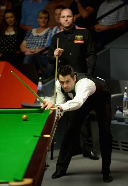 Ronnie O'Sullivan beat Perry in last 2 sessions